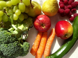 The more freshly-picked the fruit and vegetables are, the more abundant their Qi content.